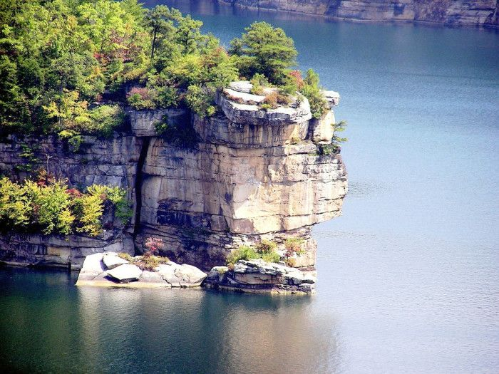 2. Summersville Lake