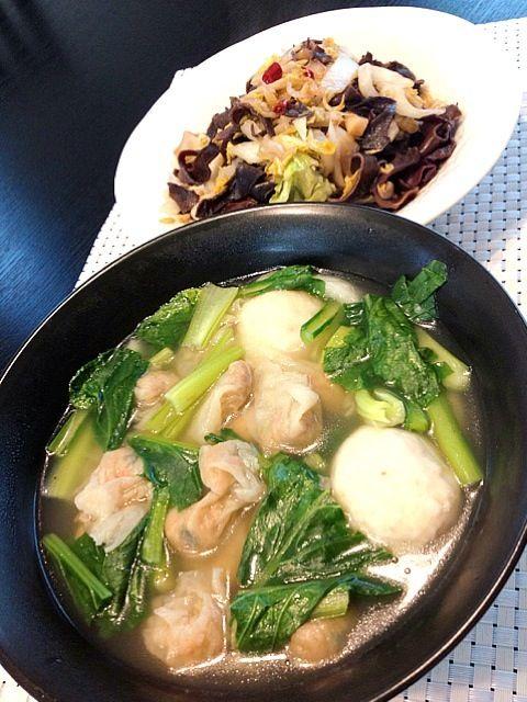 ワンタンは干しえびと干貝柱と肉入ってます。 - 73件のもぐもぐ - ワンタンスープ、きくらげと白菜の桜えびの黒酢甘辛炒め by zc
