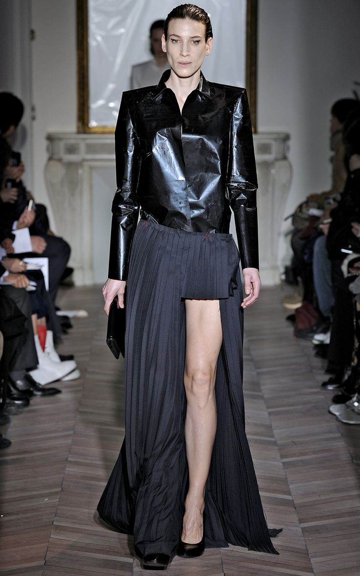 Methinks Angelina's Oscars 'performance' might have inspired Maison Martin Margiela Fall 2012.