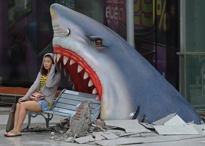 Just take a seat on this bench in Bangkok, Thailand: 3D Street Art, Parks Benches, Bangkok Thailand, Shops Mall, Art Display, Sharks Week, Sharks Attack, Photo, Streetart
