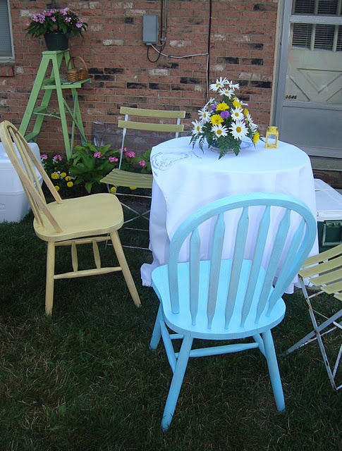 Painted chairs and ladder, easy DIY quick fix