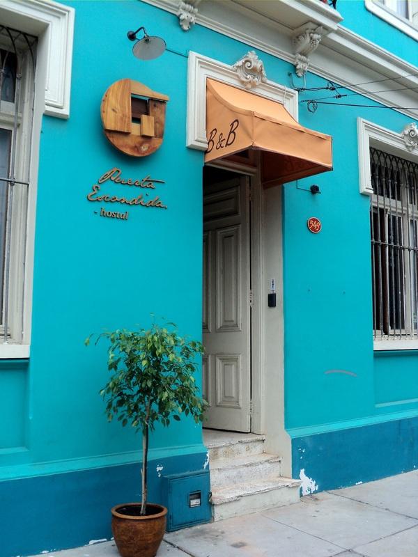 Toldo Puerta Escondida, Valparaiso, Chile