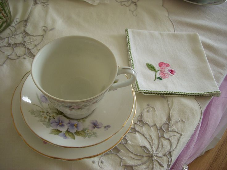Vintage China and Linen