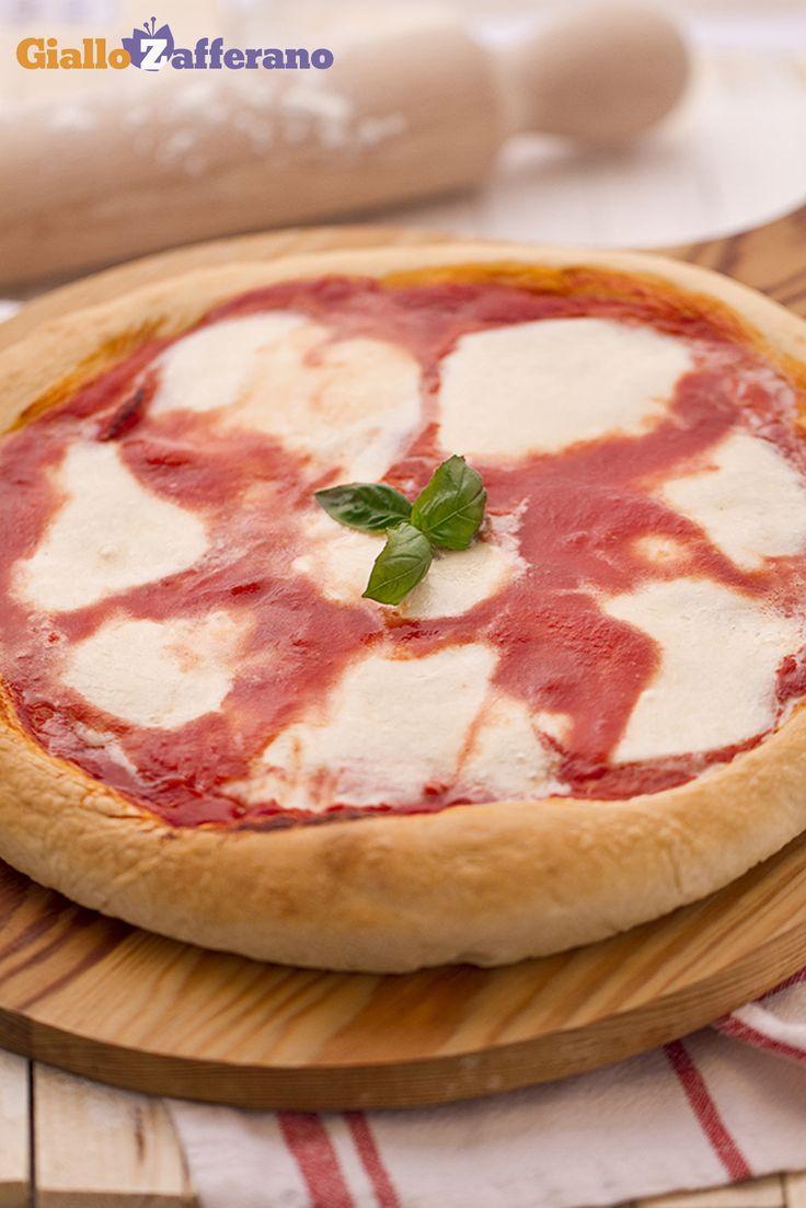 La #PIZZA MARGHERITA è la più semplice e la più amata! #video #ricetta #italianfood #italianrecipe