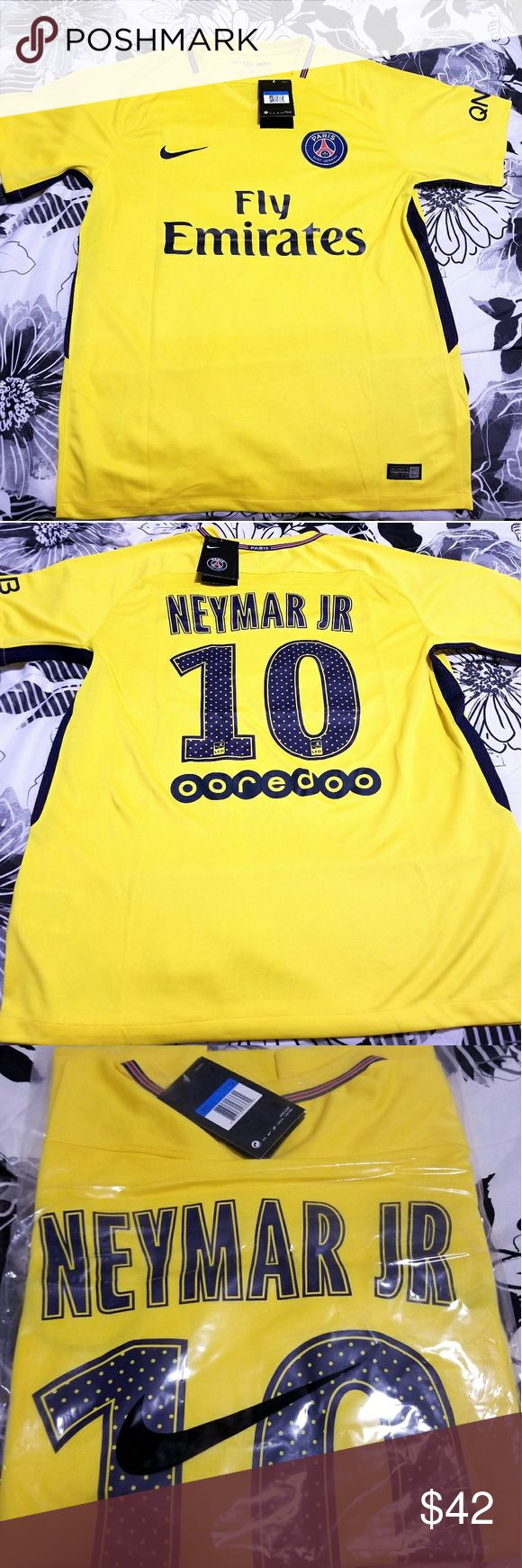 New Neymar PSG Medium Away Jersey New With Tags PSG Away Jersey Medium Size Adult Men Nike Bag Included (last pict) Ships Same Or Next Day Nike Shirts Tees - Short Sleeve
