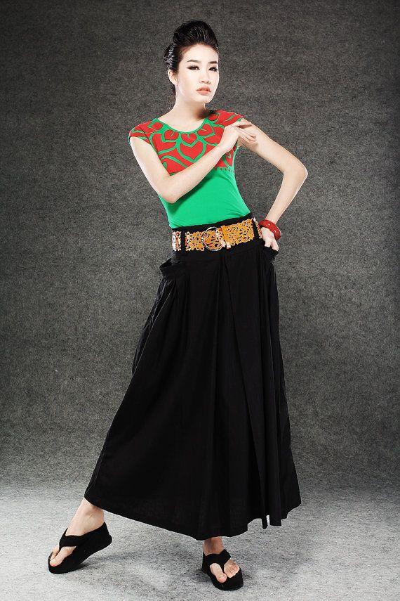 Black Maxi Skirt  Long Linen Full Skirt with Large Side