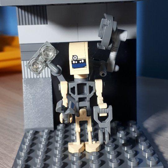 Lego Star Wars 8095 minifigura completa!!! Esse faz parte de uma caixa cheia de peças que ganhei da mãe de uma amiga!!! Mamãe @dicas_tata que procura as peças separa e eu monto!!! #LEGOS #lego #legocreator #legocity #minifigures #legobuilding #brickstagram #instalego #legofan #legolife #legozoom360 #legoland #legos #legogram #legostagram #legoset #legokit #legocollection #legokits #legosets #legobrasil #bricks #blocks #blocosdemontar #legomania #legomaníaco #blockmania #blocksmaníacos…