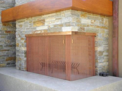 Copper Corner Bar Fireplace Screens are extremely strong and customizable to match most fireplace surrounds and room decor. Helping us create custom Fireplace Screen that can fit virtually any size or shape fireplace with many custom special decorative elements and designs.