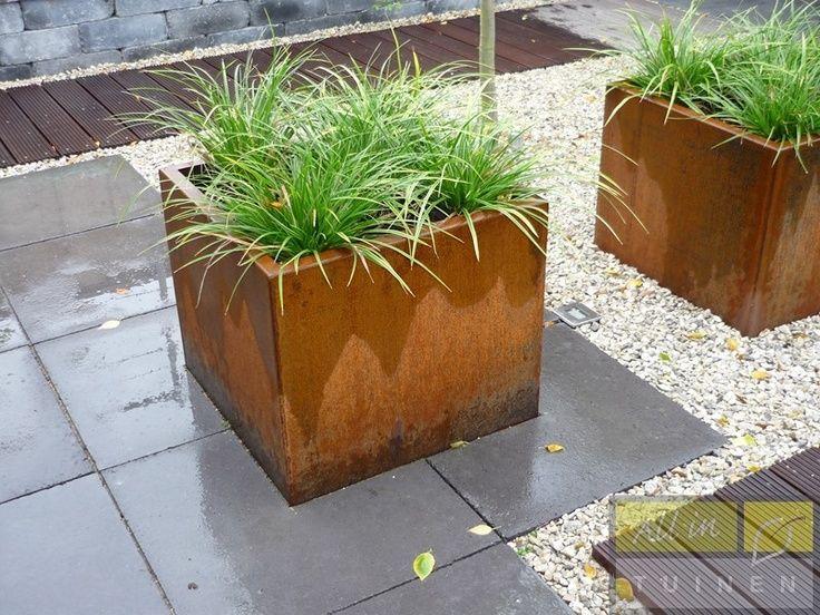 plantenbakken boombakken haagbakken bloembakken in cortenstaal verkrijgbaar op maat. Black Bedroom Furniture Sets. Home Design Ideas