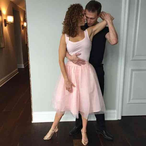 100 Best Halloween Costume Ideas For Couples In 2020 Couples Costumes Creative Funny Couple Halloween Costumes Couple Halloween Costumes