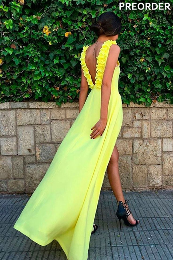 vestido de fiesta amarillo largo con escote en la espalda para boda evento coctel graduacion de primavera verano en apparentia collection preorder