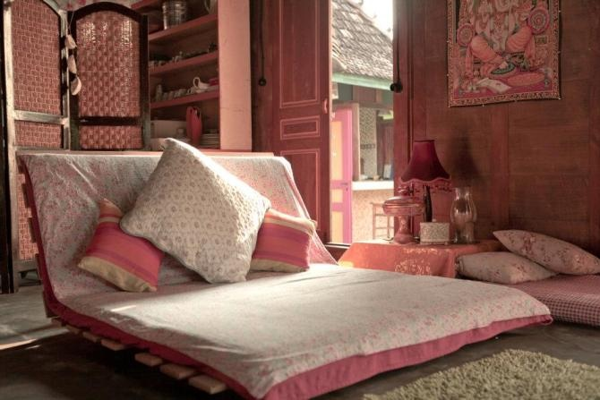 """""""Never thought joglo (traditional Javanese house) can be this modern and chic"""""""