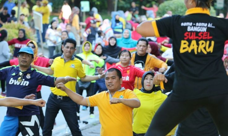 Golkar Makassar bersama ribuan warga Bersatu Dalam Senam Zumba