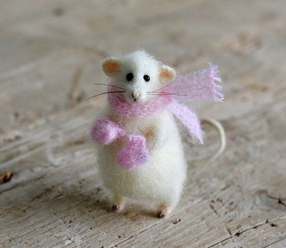 Cute #mouse pink #homedecor #wifegift #christmasgift #christmasdecor mouse felted animal cute gift