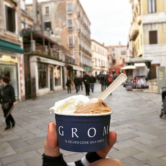 Found a favorite #gelato pairing - #coffee and #yogurt #gromgelato #venezia #hungryinvenice #hungryintaipei_italy #venice thanks to you guys who recommend it! #girleatworld #hungryintaipeitravels