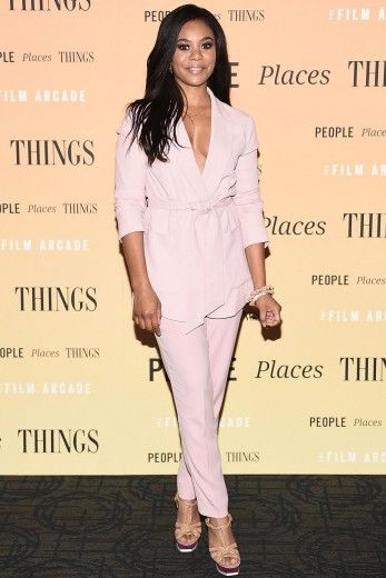 THE 7 BEST DRESSED CELEBS OF THE WEEK REGINA HALL Let's all clap it up for Regina Hall's gorgeous pink suit. The plunging neckline is met with a soft yet sleek color and cut that ultimately sets her up for a style win. The nude platform heels and minimal jewelry pulls the look together without overpowering it. - Dominique Hobdy