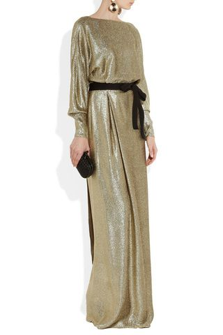 #Hijab Evening #Dresses we've picked for you http://www.fustany.com/en/fashion/trends/evening-gowns-for-hijab-fashion