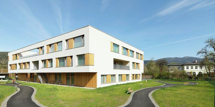 Lar de Repouso e Cuidados Especiais / Dietger Wissounig Architekten