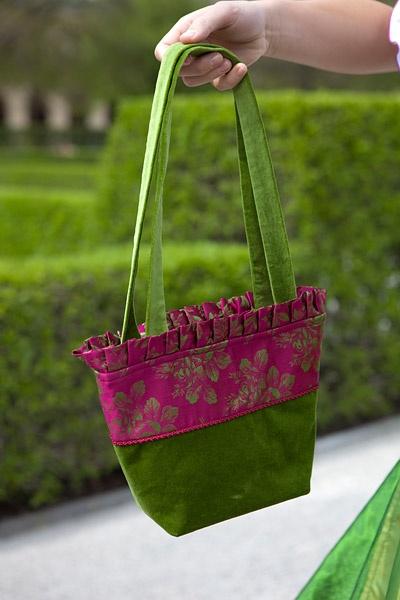 die besten 25 trachtentasche ideen auf pinterest sticken stoff trachten handtasche und. Black Bedroom Furniture Sets. Home Design Ideas