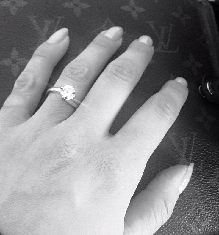 Beautiful 1 carat #engagement ring set in 'Flower' cut white gold ring