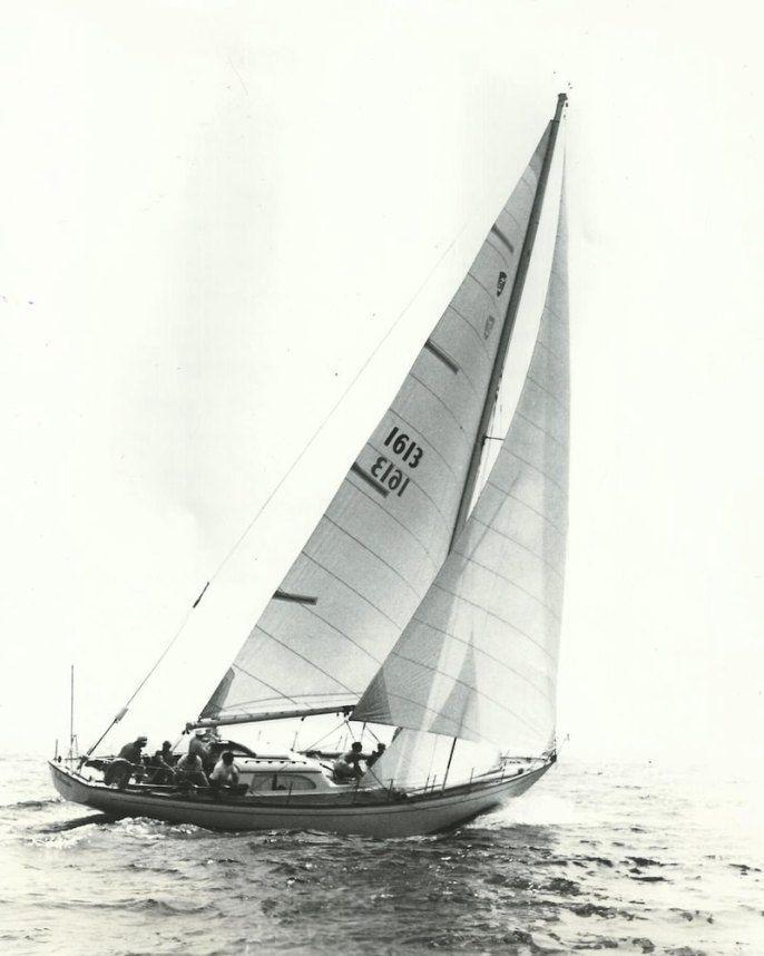 Columbia 50 columbiayachts