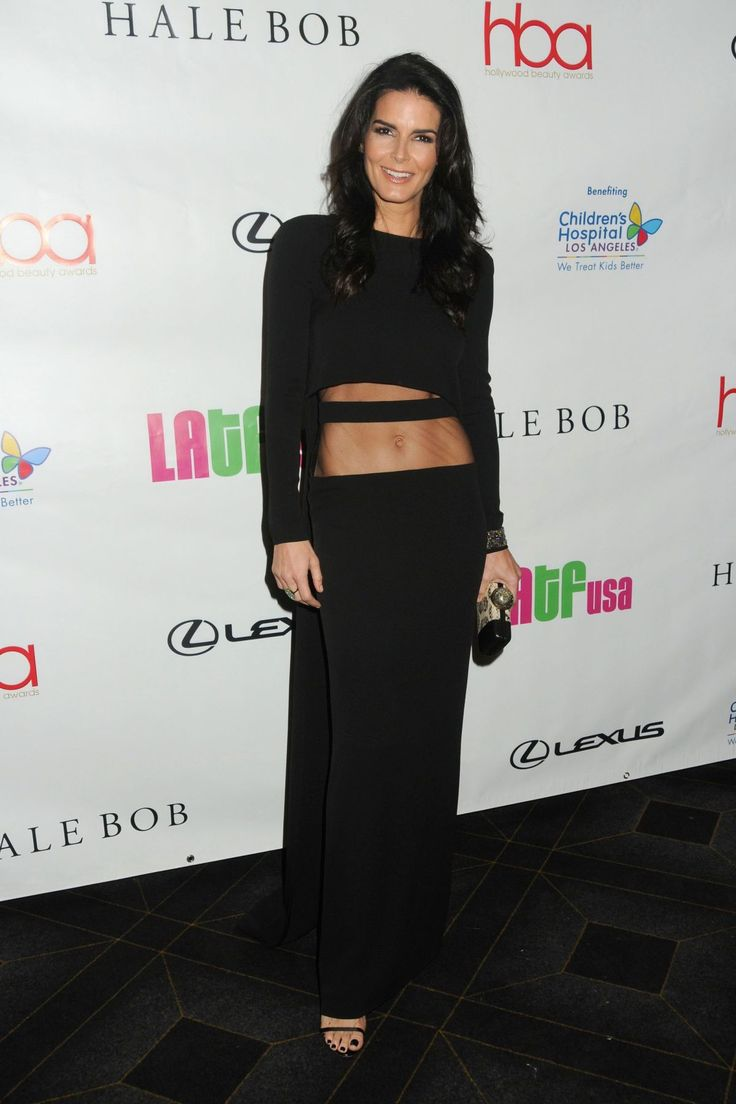 Angie Harmon attends the 2nd Annual Hollywood Beauty Awards http://celebs-life.com/angie-harmon-attends-2nd-annual-hollywood-beauty-awards/ #angieharmon