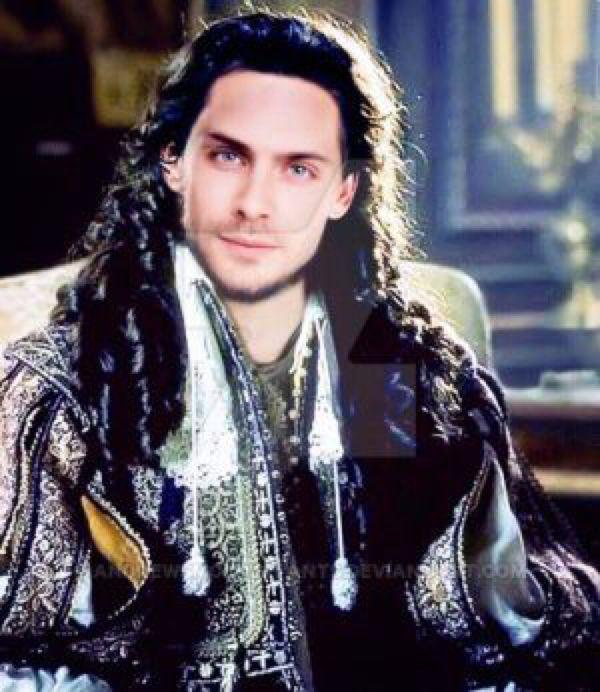 Vampire King  by AndrewSmolderpants on @DeviantArt