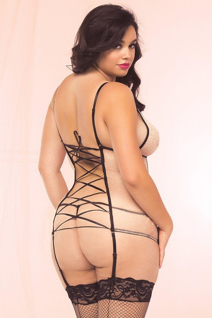 sexy nude latina female