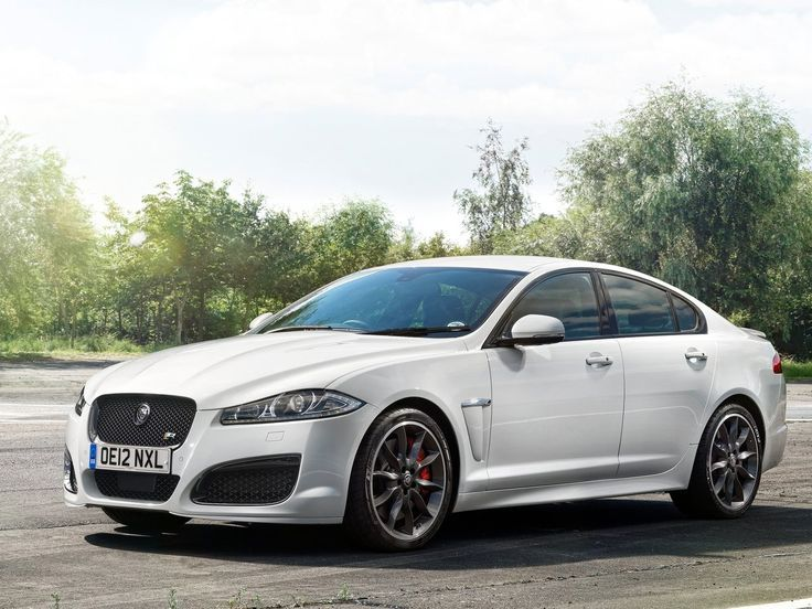 Beau 2013 Jaguar XFR Speed Pack