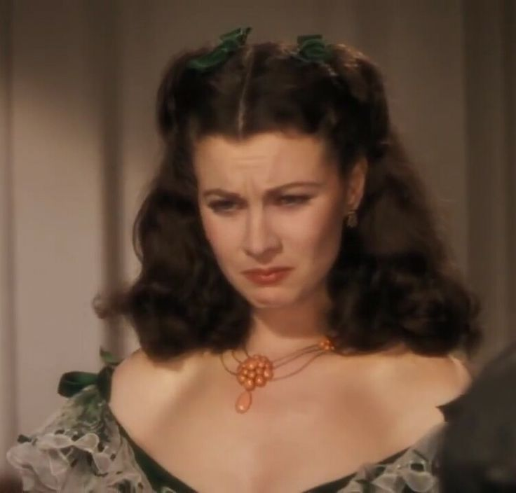 Classic scarlett o 39 hara face gone with the wind for Who played scarlett o hara in gone with the wind