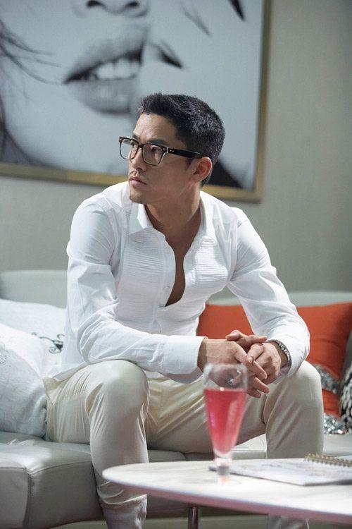 Lee Yong-Woo