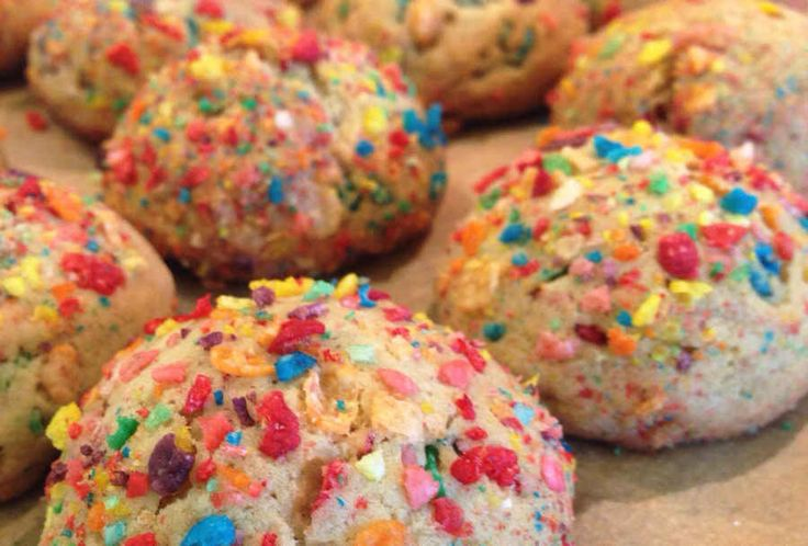Fruity Pebbles Cookies. Bamm-Bamm and Dino would approve.