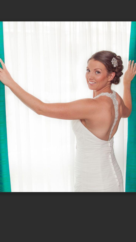 Bride Wedding Beach www.makeupandhairbyhannah.com