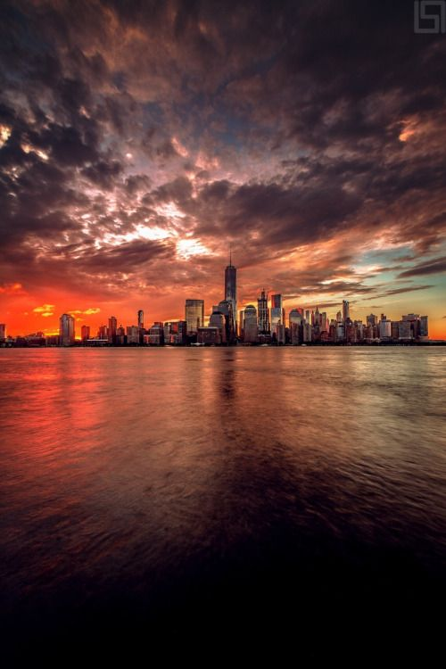 Stunning image of Lower Manhattan by Paul Seibert Photography - New York City Feelings