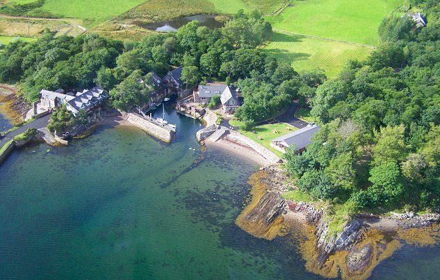 Melfort Harbour Holiday Cottages are located on Loch Melfort, Near Oban, Scotland