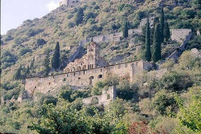 The monastery of Pantanassa (female monastery), built in 1428 in which church is the best preserved monument. There are located the tombs of maiden, Cleopa Malatesta and of Theodora, wife of Emperor Constantine  - Elaionas Studios Apartments Gytheio Greece -   Contact: Stavropoulos Evangelos -   Tel. +30-27330-21512 Mobile. +30-697-3788697 -   www.elaionas-studios.gr  info@elaionas-studios.gr