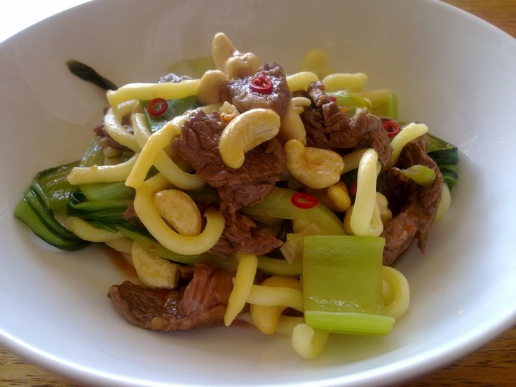 Recipe of the Week - Steak and Cashews Stir Fry An all time favorite Chinese stir fry for one.