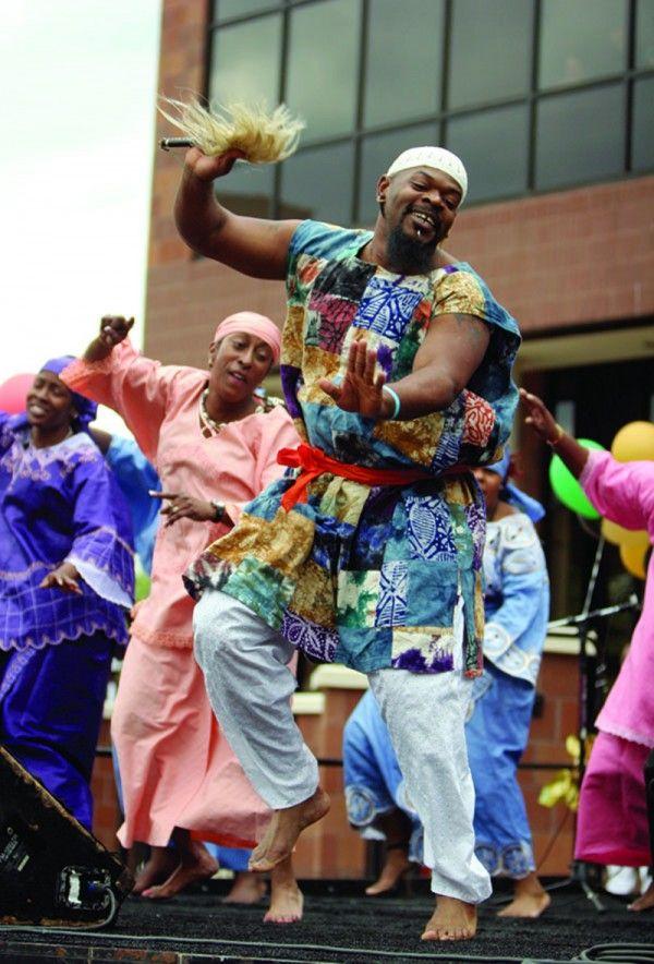 The Ezibu Muntu African Dance Company www.theworlddances.com/ #theworlddances #dance