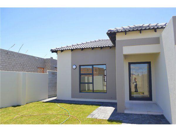 4 bedroom house in Parklands, Parklands, Property in Parklands - S884962