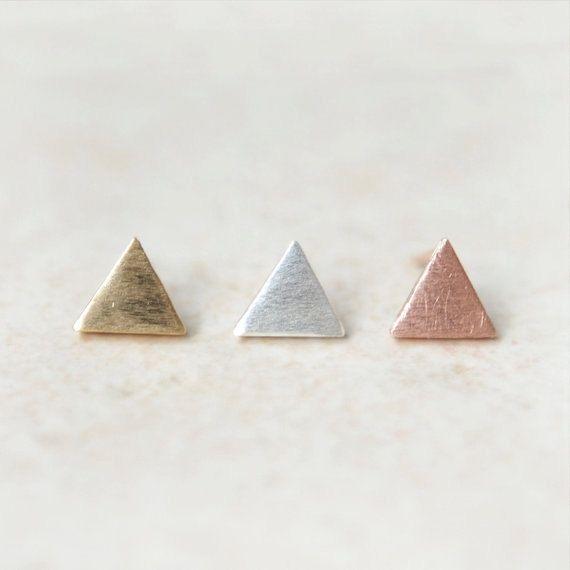 Tiny pendientes triángulo de textura / elige tu color / por laonato