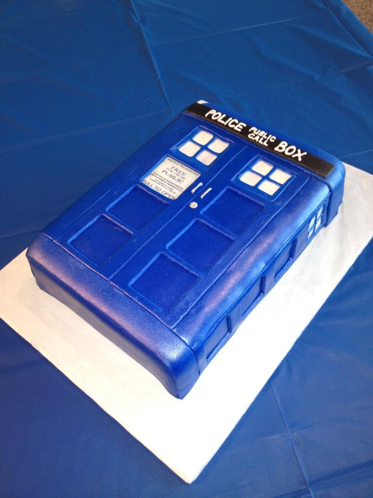 - Dr Who Phone Booth Groom's Cake