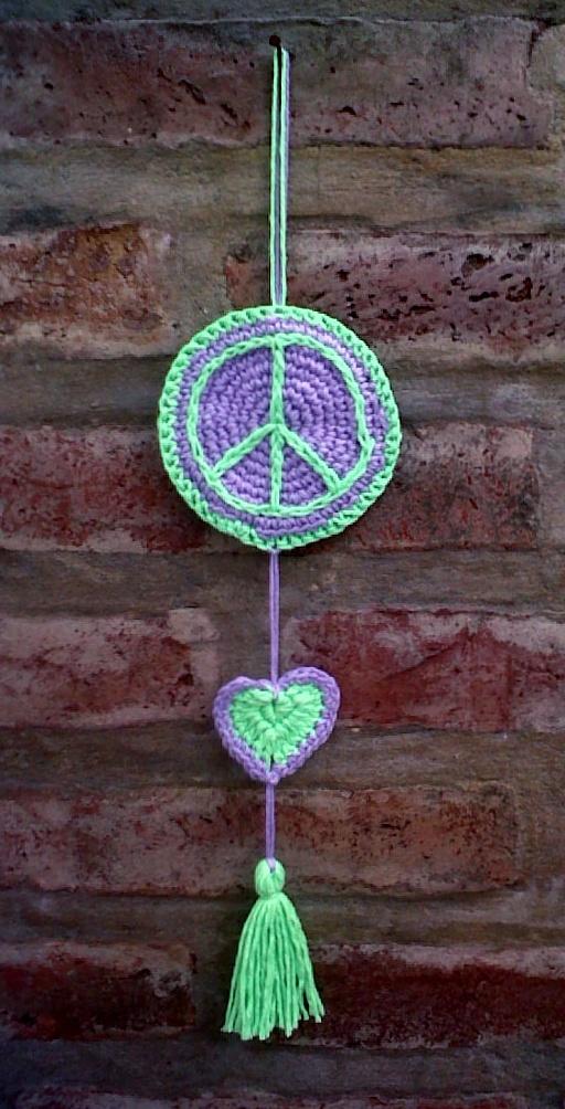 Nuevo colgante: Simbolo de la Paz! | CROCHET | Pinterest ...