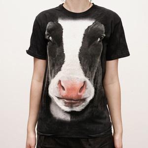 T-Shirt Schwarze Kuh jetzt auf Fab.