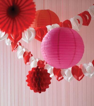 Decoracion de amor y amistad rojo blanco y rosa san for Ideas decoracion san valentin