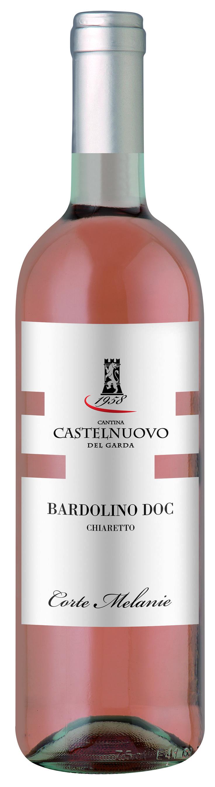 Bardolino Chiaretto - Cantina Castelnuovo del Garda #winelabel #winedesign #italianwine #Francescon #Collodi #F&C