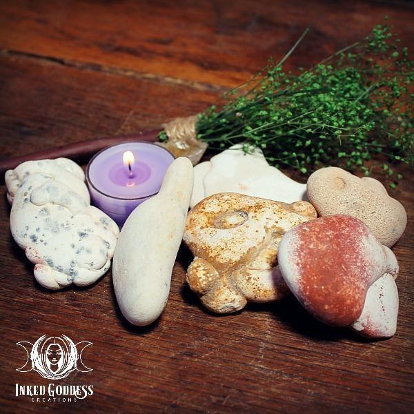 Goddess Stone Natural Menalite 2 Sizes To Choose 9 00 Divine Feminine Magick Goddess