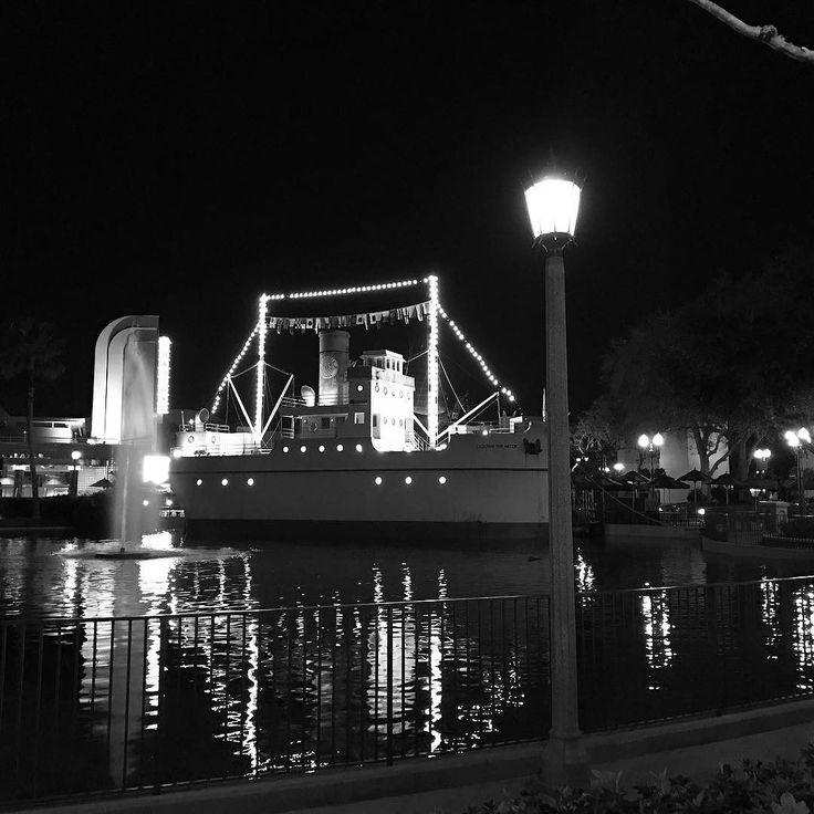 Min & Bill's Dockside Diner from across Echo Lake.   #photooftheday #photo #photography #photographer #fireworks #epcot #waltdisneyworld #disney #wdw #disneyworld #waltdisney #mickeymouse #magickingdom #mickey #orlando #animalkingdom #hollywoodstudios #minnie #minniemouse #cinderella #disneyland #disneyprincess #goofy #disneyside #instadisney #blog #mom #momblogger #travel