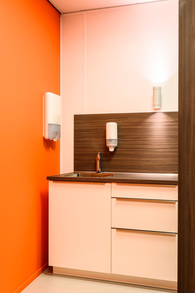 17 best images about consulting room on pinterest for Medical design consultancy