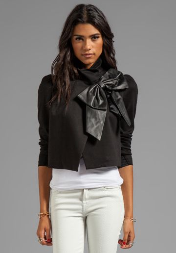 Alice   Olivia Shandy Side Leather Bow Cropped Jacket in Black
