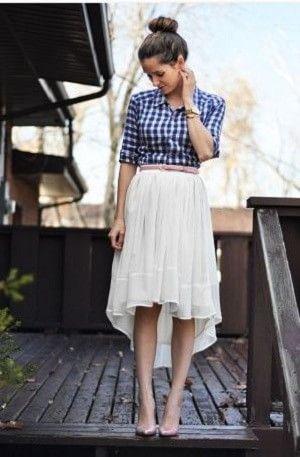 ギンガムチェックシャツとスカートとベルトのウエストマークコーデ